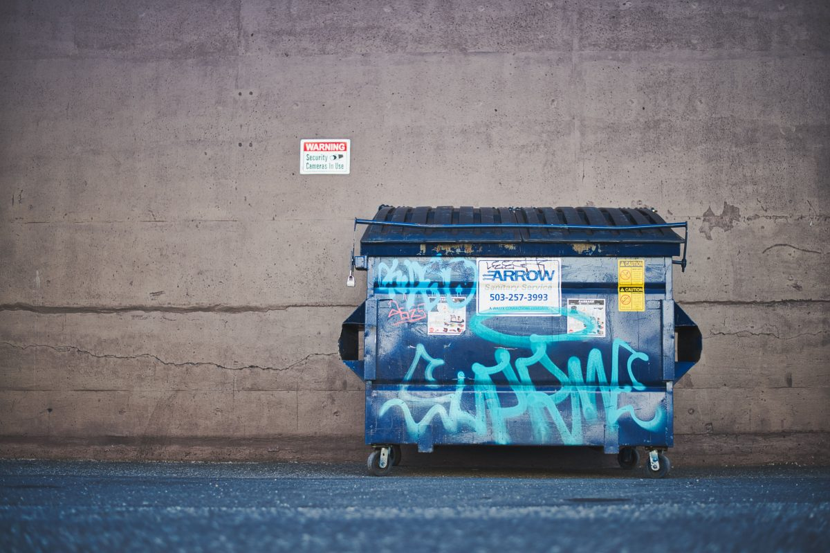 The Dos and Don'ts of Dumping Waste in a Dumpster