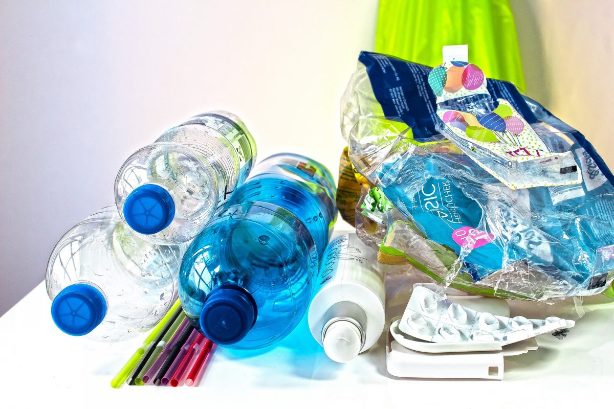 5 Tips to Reduce Plastic Waste in Your Home