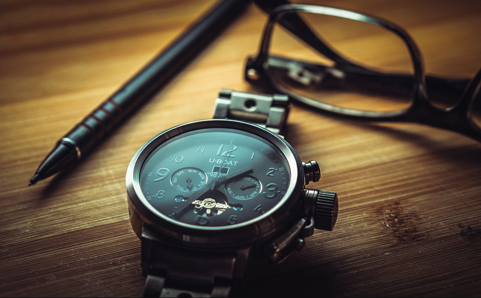 Amateur Mistakes to Avoid While Purchasing Online From Watch Shop Singapore