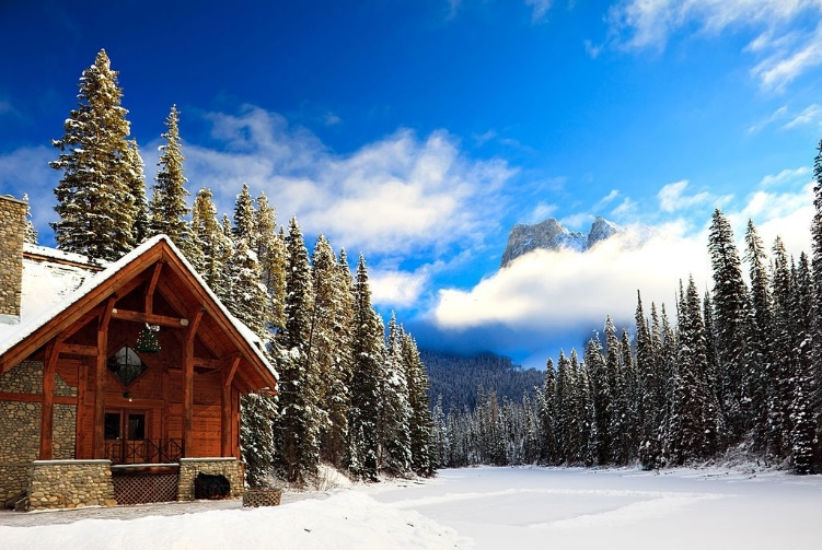 3 Winter Resorts You Have to See in Canada