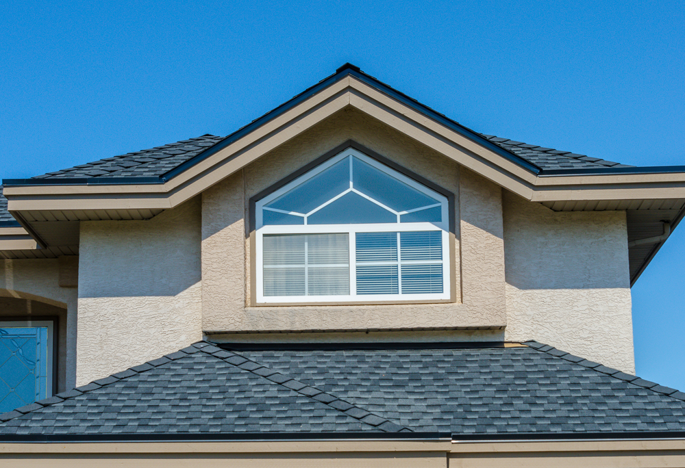 5 Reasons why a Roof Restoration is Better than Replacement