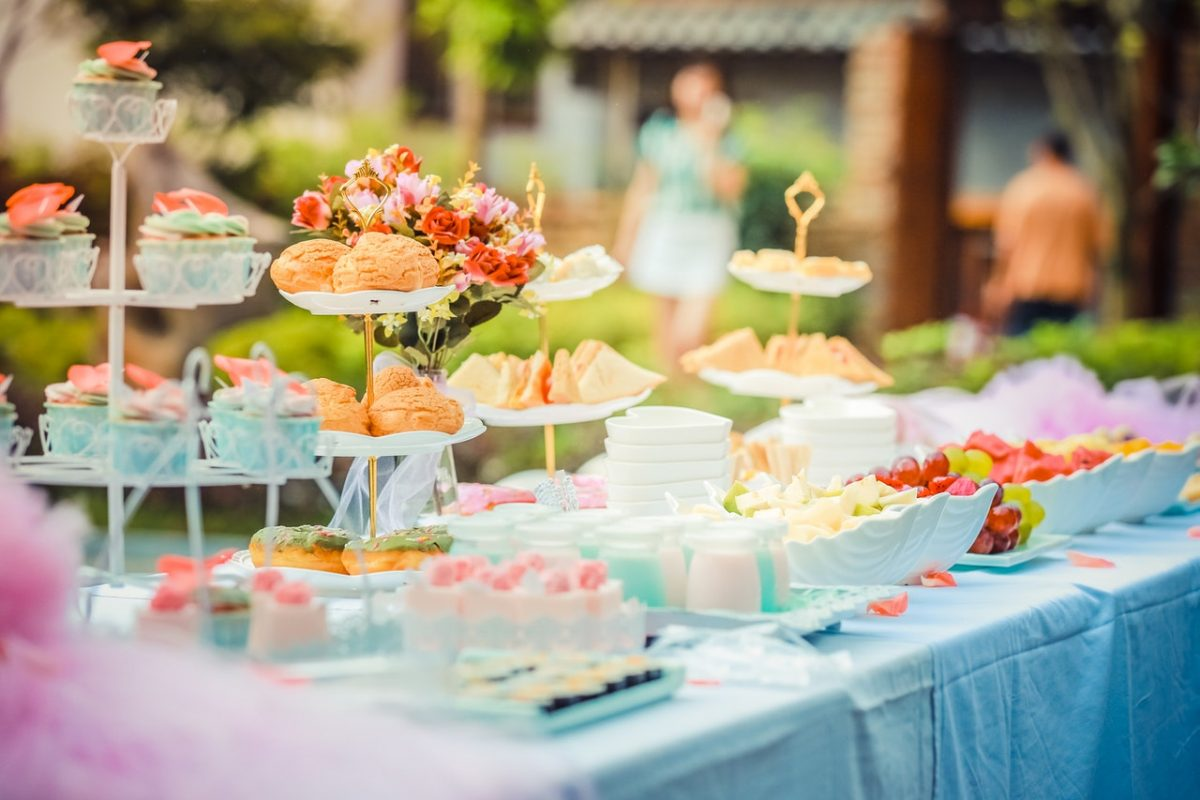 Healthy Wedding Food Options Your Guests Will Love