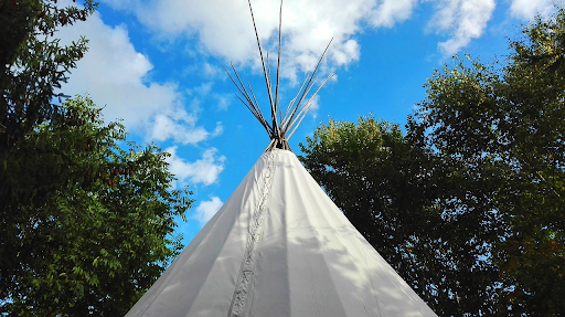 5 Things to Consider Before Having a Tipi Wedding